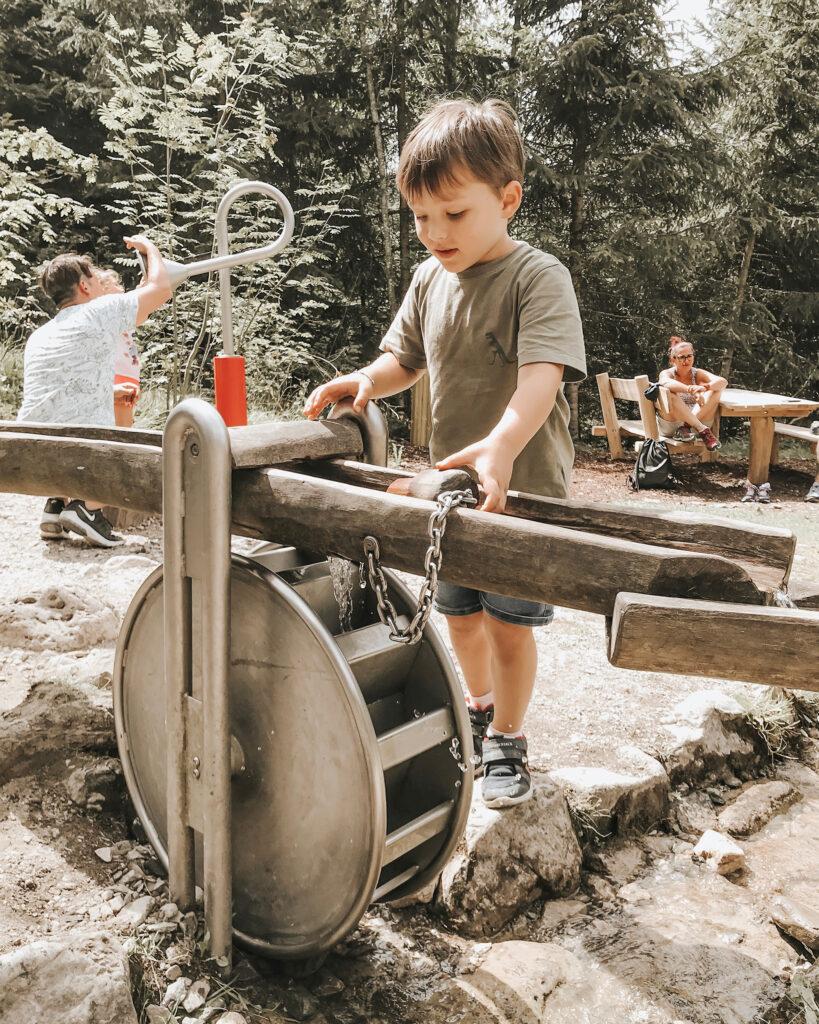 Mondo Bimbi Valdaora, parco giochi in montagna Plan De Corones